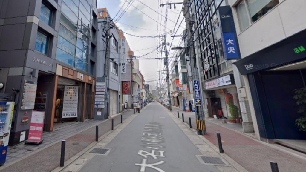 「天神吉田ビル」の2階がキレイモ福岡天神店